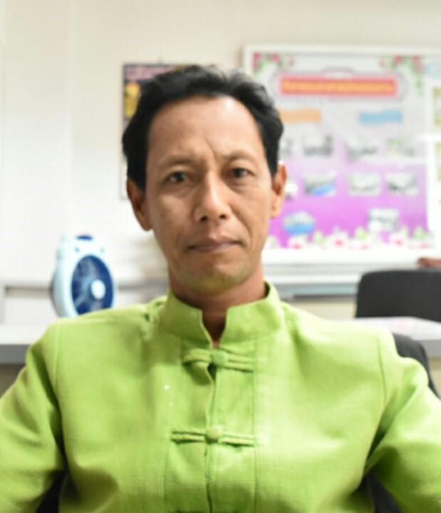 Mr.Panya Akapon